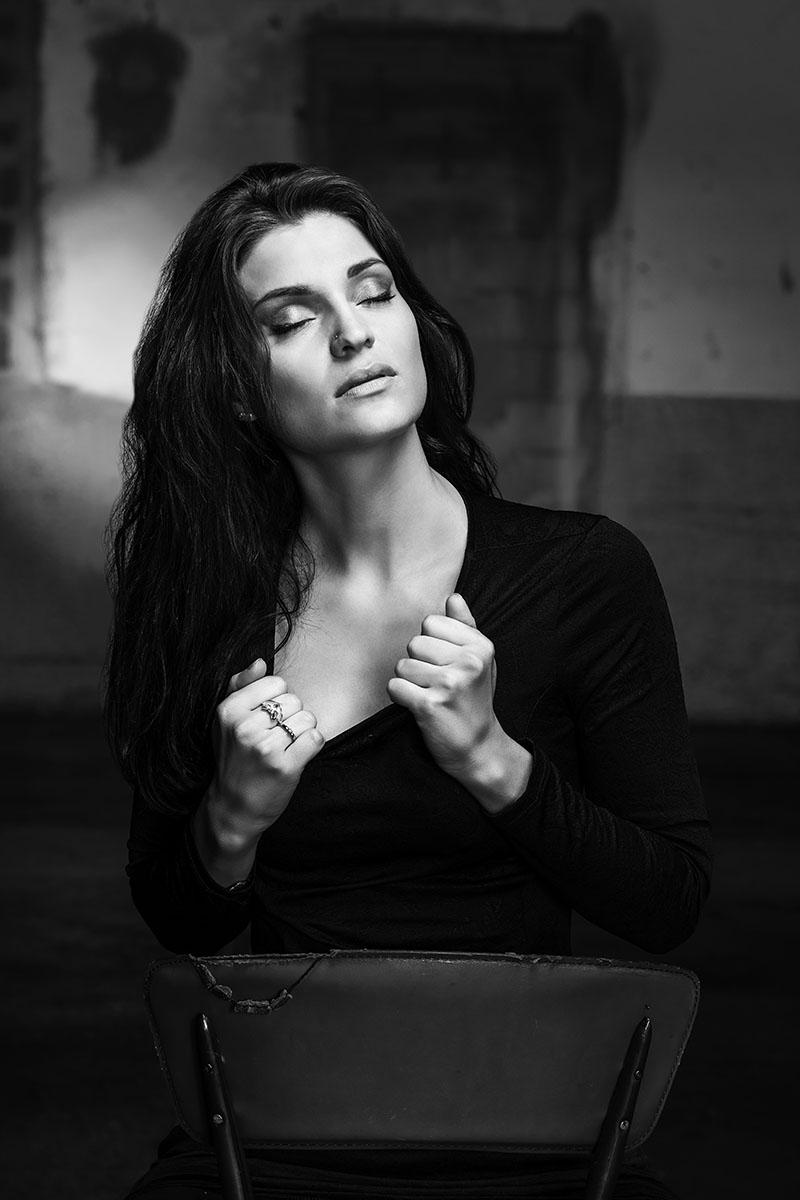 Olivia Menetrey pour son book. © Thierry Porchet