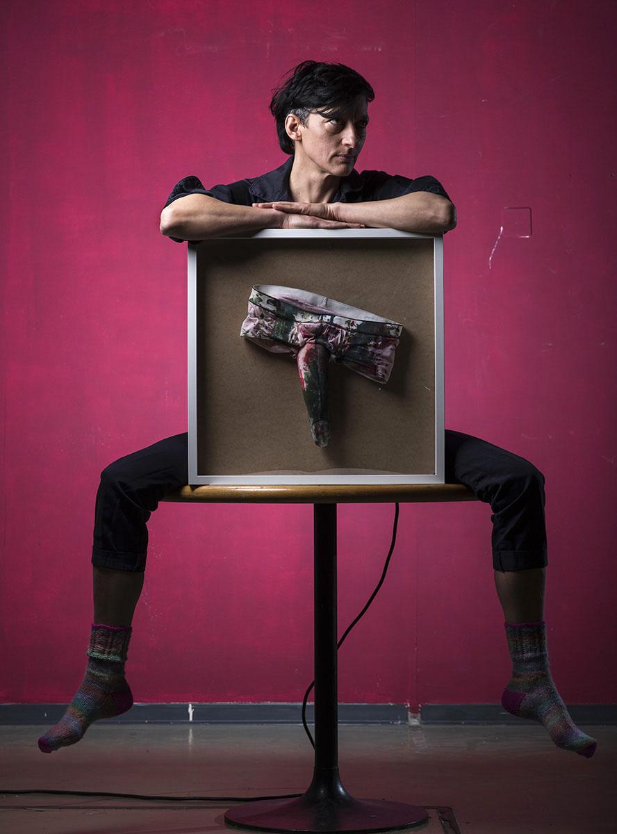 Portait de l'artiste, féministe, Angela Marzullo  ©Thierry Porchet