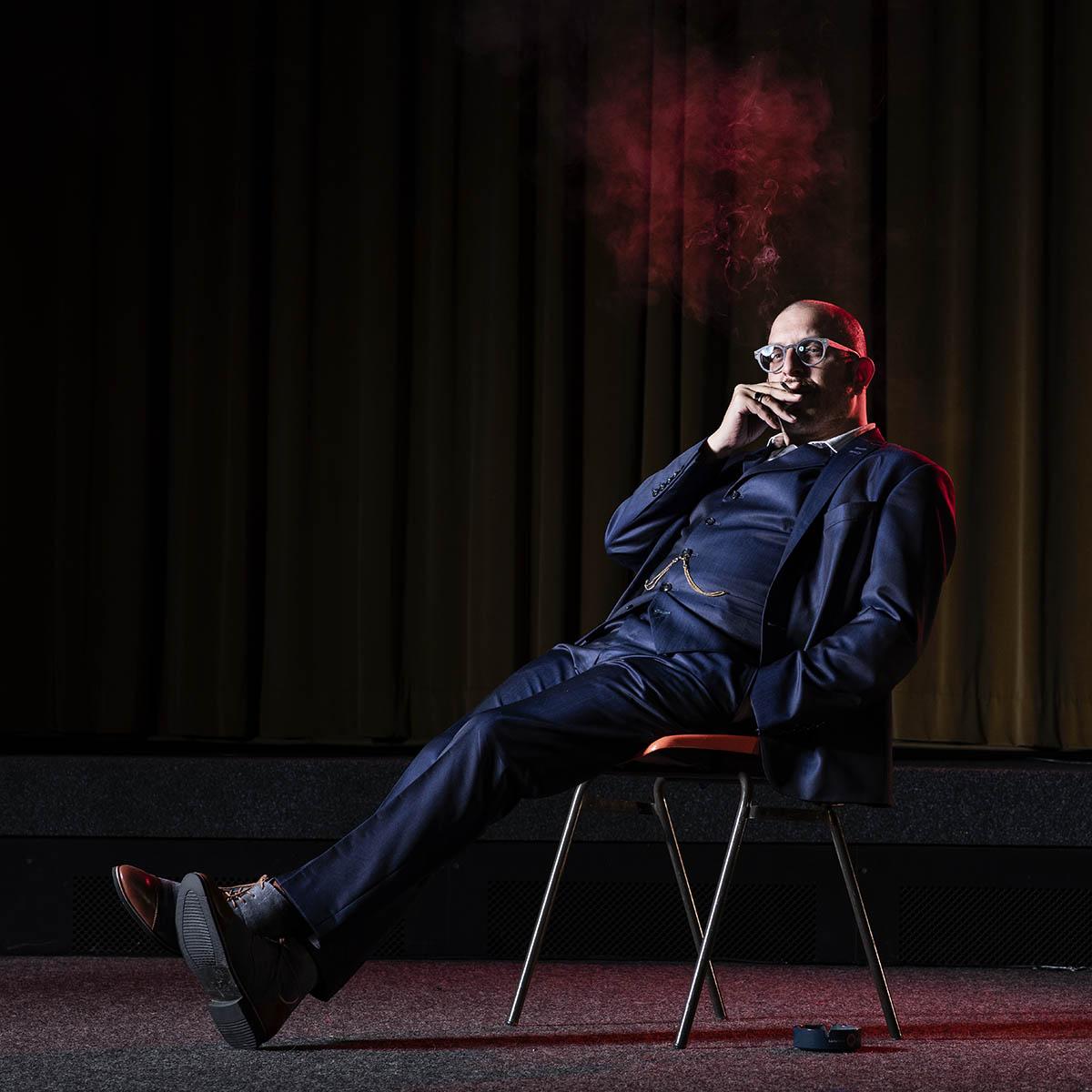 Portrait de Philippe Battaglia au cinéma théatre Le Kremlin, Monthey ©Thierry Porchet